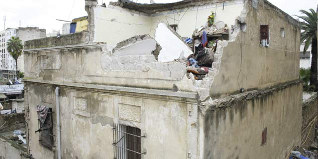 Encore un drame du logement clandestin casablanca la - Maison qui s affaisse ...